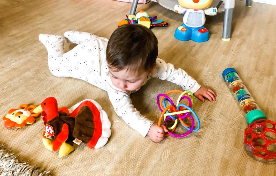 choisir jouets bebe 9 mois